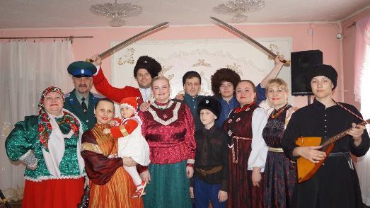 Семейный ансамбль «Казачина» ХКО «Свято-Георгиевский» г.Челябинска защитил звание народного